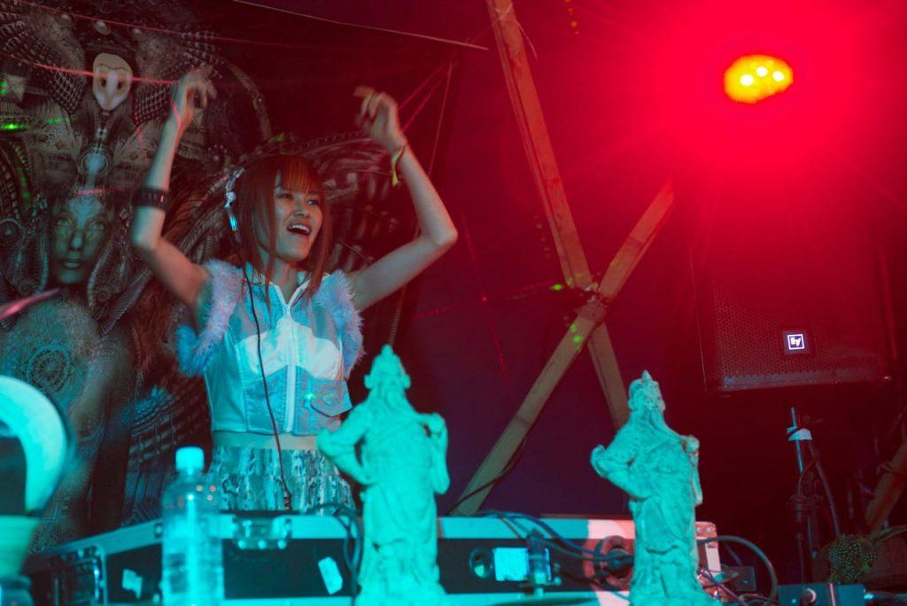 Australian Eclipse Festival 2012 ( Australia ) Supercozi Live feat. Reason